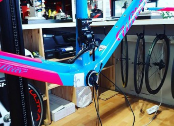 Montage: 2 électricité  #cyclesmoreno #lovemywilier #campagnolo #eps