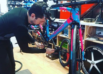 Montage: 3 vérif serrages #lovemywilier #campagnolo #cyclesmoreno